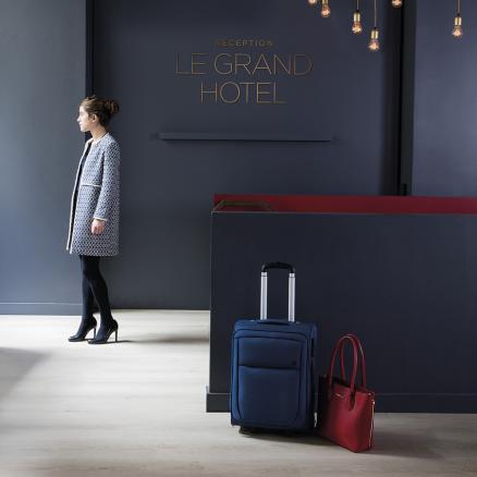 BerryAlloc Grand Avenue Champs Elysées kan også anvendes i receptioner, kontorer og butikker.