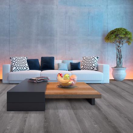Skab en lækker kontrast med BerryAlloc Grand Avenue Madison Avenue højtrykslaminat gulvet.