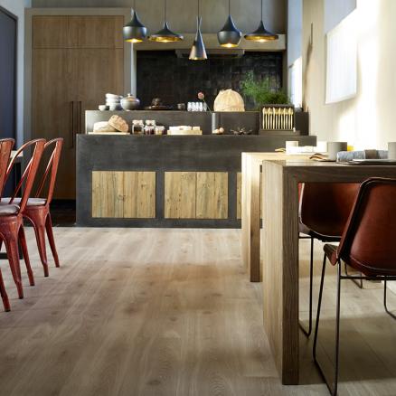 BerryAlloc Original Elegant Natur Eg giver et stilrent og elegant look i dit hjem.