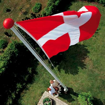 Dano Mast glasfiber flagstang til støtte. Køb ny flagstang i super kvalitet billigst hos Netbyggemarked.dk