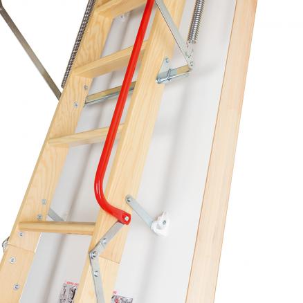 FAKRO LWT Super Energy lofttrappe detalje gelænder